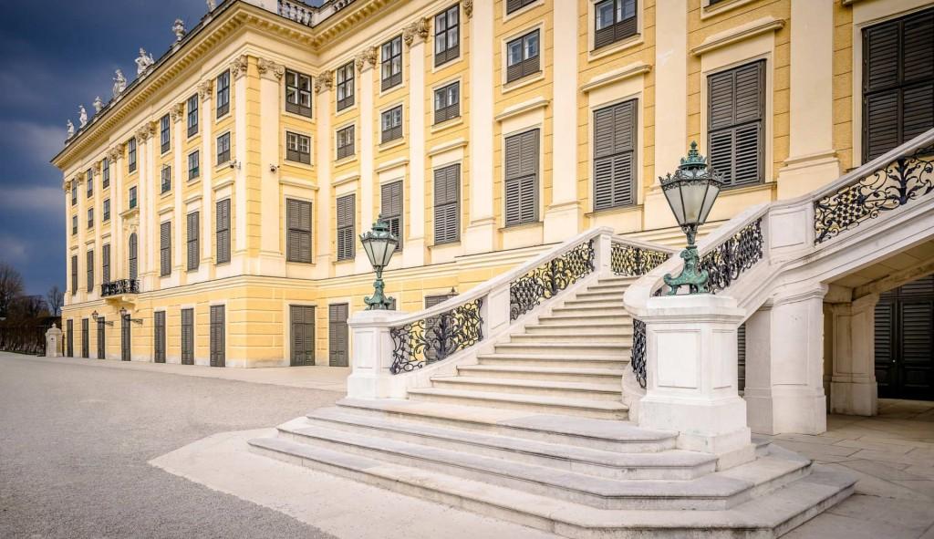 Vienna Tour Schoenbrunn