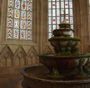 Boschi Viennesi: abbazia cistercense Heiligenkreuz, Mayerling