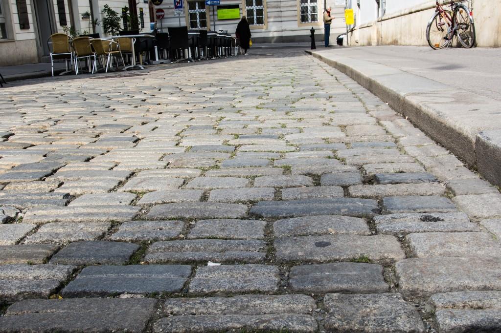Vienna Visita Guidata, centro storico. Foto: https://pixabay.com/en/cobblestones-paving-stones-711941/